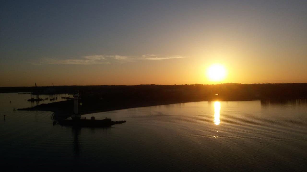 Egal, ob die Sonne auf- oder untergeht: Der Ausblick vom Schiff ist einfach grandios!